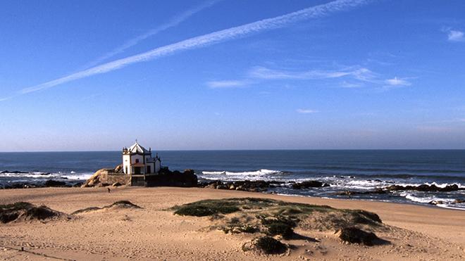 Praia do Senhor da Pedra - Miramar