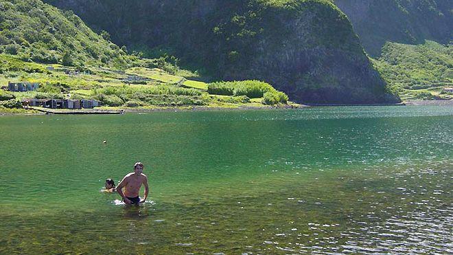 Agencia Oceano&#10地方: S. Jorge / Açores&#10照片: Agencia Oceano