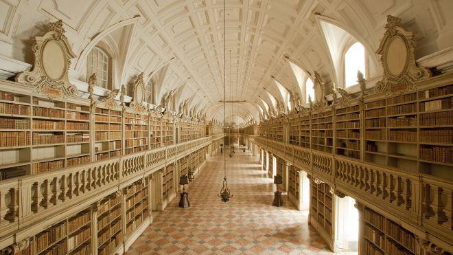 BibliotecaMafra_Credit TurismoLisboa Ort: Palácio Nacional e Convento de Mafra Foto: TurismoLisboa
