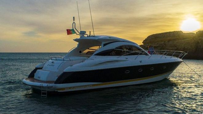Lux Charters by Lux Yachts&#10Local: Vilamoura&#10Foto: Lux Charters by Lux Yachts