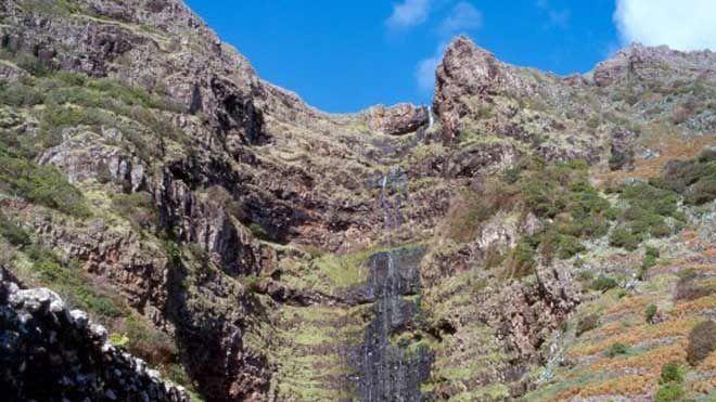 Cascata do Aveiro - Ilha de Santa Maria&#10Local: Ilha de Santa Maria - Açores&#10Foto: Turismo dos Açores