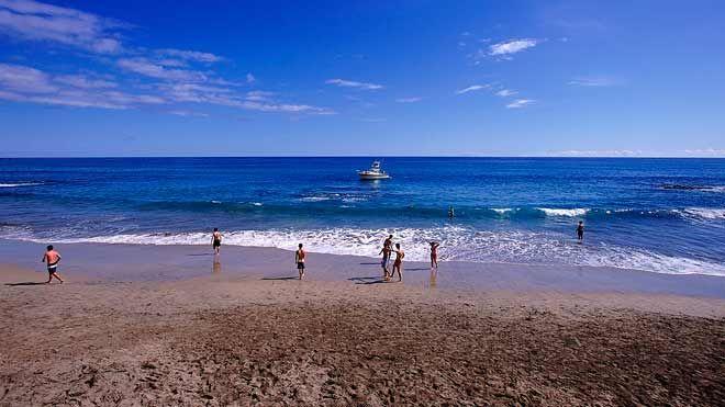 Praia Formosa&#10Local: Ilha de Santa Maria - Açores&#10Foto: Turismo dos Açores