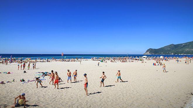 Praia da Figueirinha Local: Setúbal Foto: ABAE