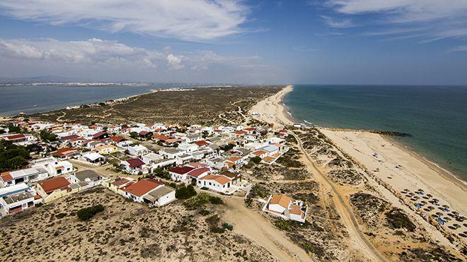 Praia da Ilha do Farol Место: Faro Фотография: Shutterstock_AG_Mauro Rodrigues