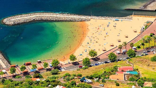 Praia Banda d'Além&#10Ort: Machico&#10Foto: Shutterstock_MD_DaLiu