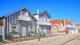 Costa Nova Houses_Aveiro Local: costa Nova, Aveiro Foto: shutterstock_portumen