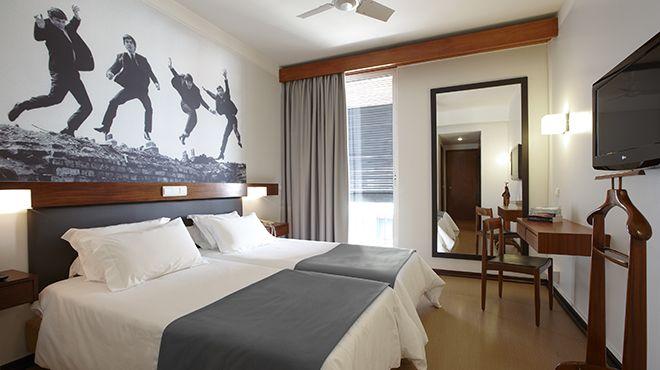 Hotel do Carmo - Room Beatles