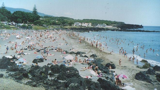 Praia do Pópulo&#10Ort: São Miguel - Açores&#10Foto: ABAE