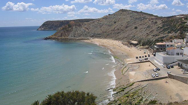 Praia do Burgau&#10Local: Vila do Bispo&#10Foto: Teresa Cabaço