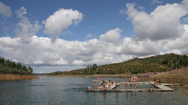 Praia fluvial da Aldeia do Mato Place: Abrantes Photo: ABAE