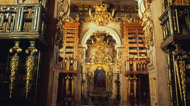 Biblioteca Joanina - Universidade de Coimbra&#10Place: Coimbra&#10Photo: TdP
