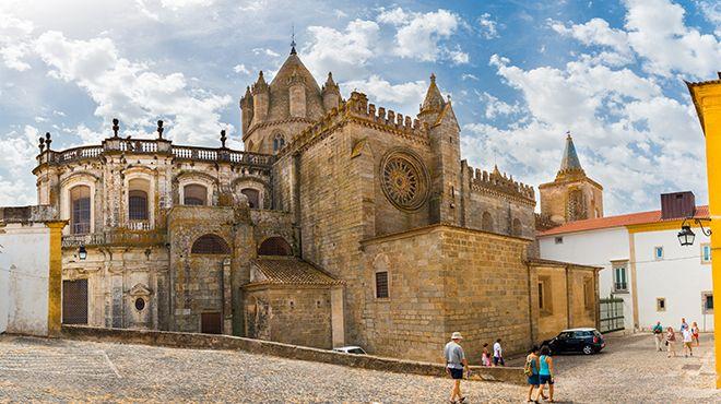 Sé Catedral de Évora Local: Évora Foto: Shutterstock / Fotoeventis