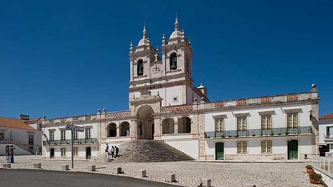 Igreja de Nossa Senhora da Nazaré&#10Place: Nazaré&#10Photo: Luís Pavão