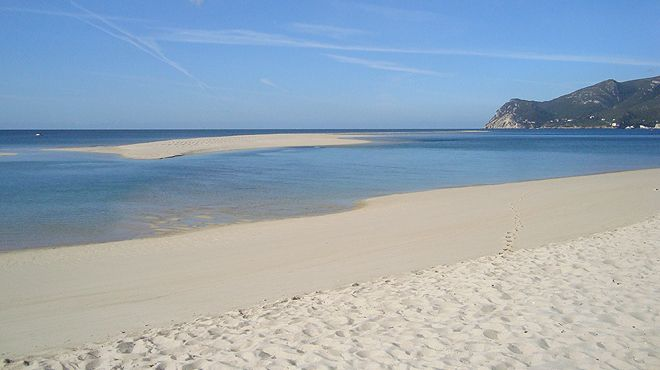 Praia da Figueirinha&#10地方: Setúbal&#10照片: ABAE