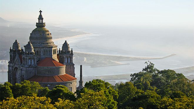 Santuário do Sagrado Coração de Jesus de Santa Luzia Photo: Porto Convention & Visitors Bureau