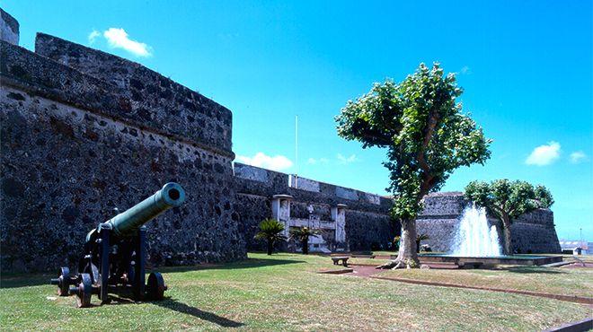Castelo de São Brás&#10Foto: Turismo dos Açores