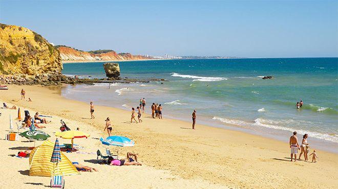 Praia dos Olhos de Água&#10Local: Albufeira&#10Foto: Helio Ramos - Turismo do Algarve