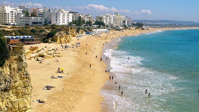 Praia de Armação de Pera Foto: Helio Ramos - Turismo do Algarve