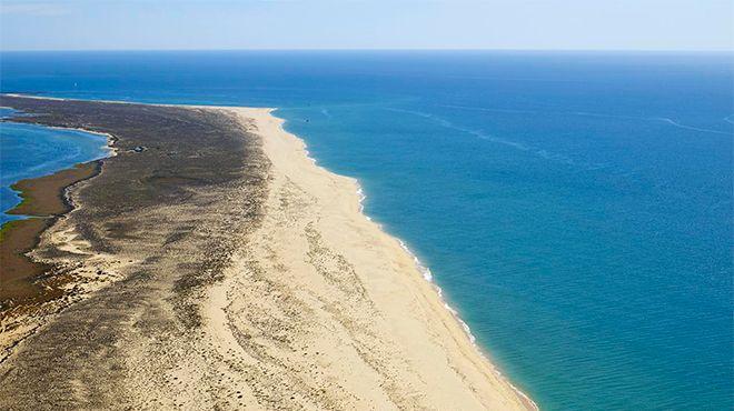 Praia da Ilha da Barreta / Ilha Deserta Photo: Turismo do Algarve