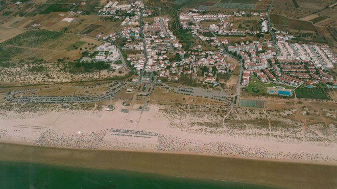 Praia De Manta Rota Www Visitportugal Com