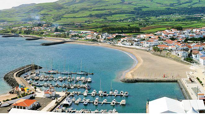 Marina da Praia da Vitória&#10Photo: Maurício de Abreu - Turismo dos Açores