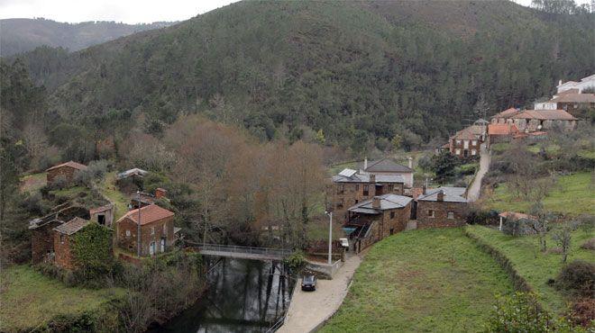 Casas do Rio Place: Fajão Photo: Casas do Rio