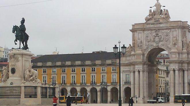 Tours em Lisboa&#10照片: Fernando Lopes