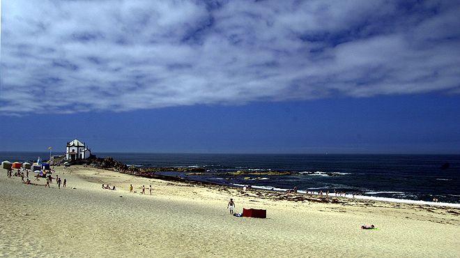Praia do Senhor da Pedra Local: Vila Nova de Gaia Foto: ABAE