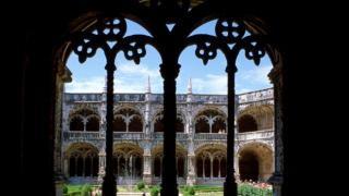 Mosteiro dos Jerónimos&#10Local: Belém&#10Foto: Belém