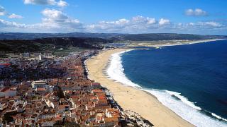 Praia&#10Lugar Nazaré&#10Foto: Sebastião da Fonseca
