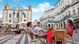 Praça do Giraldo, Évora 地方: Praça do Giraldo 照片: Turismo do Alentejo