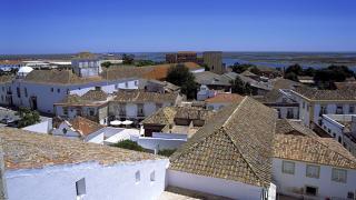 Vista de Faro sobre Ria Formosa&#10Ort: Faro&#10Foto: Turismo de Portugal