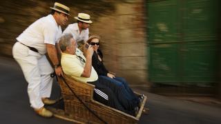 Carro de cesto&#10Local: Monte&#10Foto: Turismo da Madeira