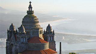 Santuário do Sagrado Coração de Jesus de Santa Luzia Photo: Porto Convention & Visitors Bureau