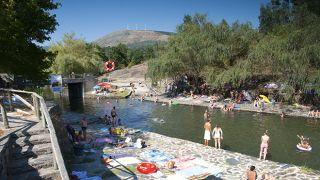 Praia Fluvial de Poço Corga Local: Castanheira de Pera Foto: Aldeias do Xisto
