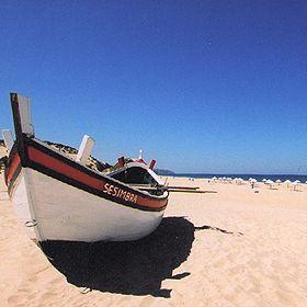 Praia do Moinho de Baixo場所: Sesimbra写真: ABAE