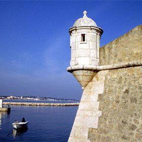 Forte da Ponta da BandeiraLocal: LagosFoto: John Copland