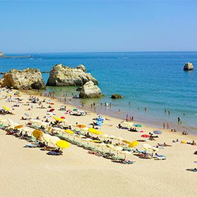 Praia dos Três CastelosPlace: PortimãoPhoto: Turismo do Algarve