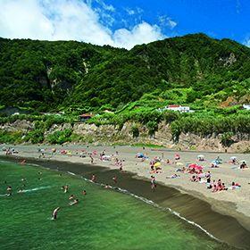 Praia do Fogo - Ribeira QuenteLocal: Povoação - Ilha de São MiguelFoto: Arquivo Turismo de Portugal