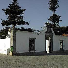 Capela de Nossa Senhora dos Remédios - PenicheLugar PenicheFoto: Turismo do Oeste