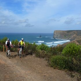 Walking & CyclingLuogo: Costa VicentinaPhoto: Caminhos da Natureza