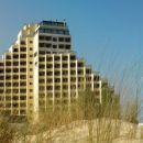 Yellow Monte Gordo Hotel