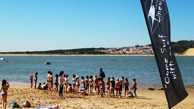 Line up Surf & Sup Academy&#10Local: Nazaré&#10Foto: Line up Surf & Sup Academy