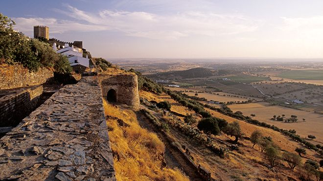 Encosta norte&#10Ort: Monsaraz&#10Foto: AR Turismo do Alentejo