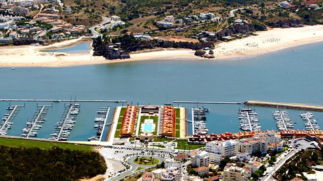 Marina&#10Luogo: Portimão&#10Photo: Turismo de Portugal