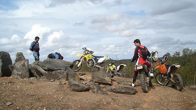 UpHill – Dirt Bike Tours &#10Local: Almodôvar&#10Foto: UpHill – Dirt Bike Tours