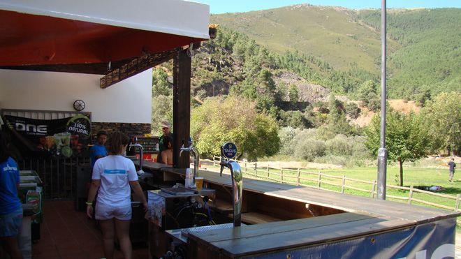 Bar Praia Fluvial_Skiparque&#10Lieu: Manteigas&#10Photo: Skiparque