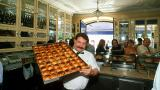 Pastéis de Belém&#10Place: Belém&#10Photo: Rui Cunha