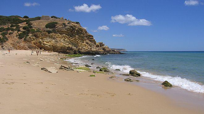 Praia de Vale Figueira&#10Local: Aljezur&#10Foto: Teresa Cabaço