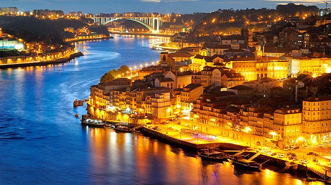 Escape2oporto - Porto&#10Place: Porto&#10Photo: Escape2oporto